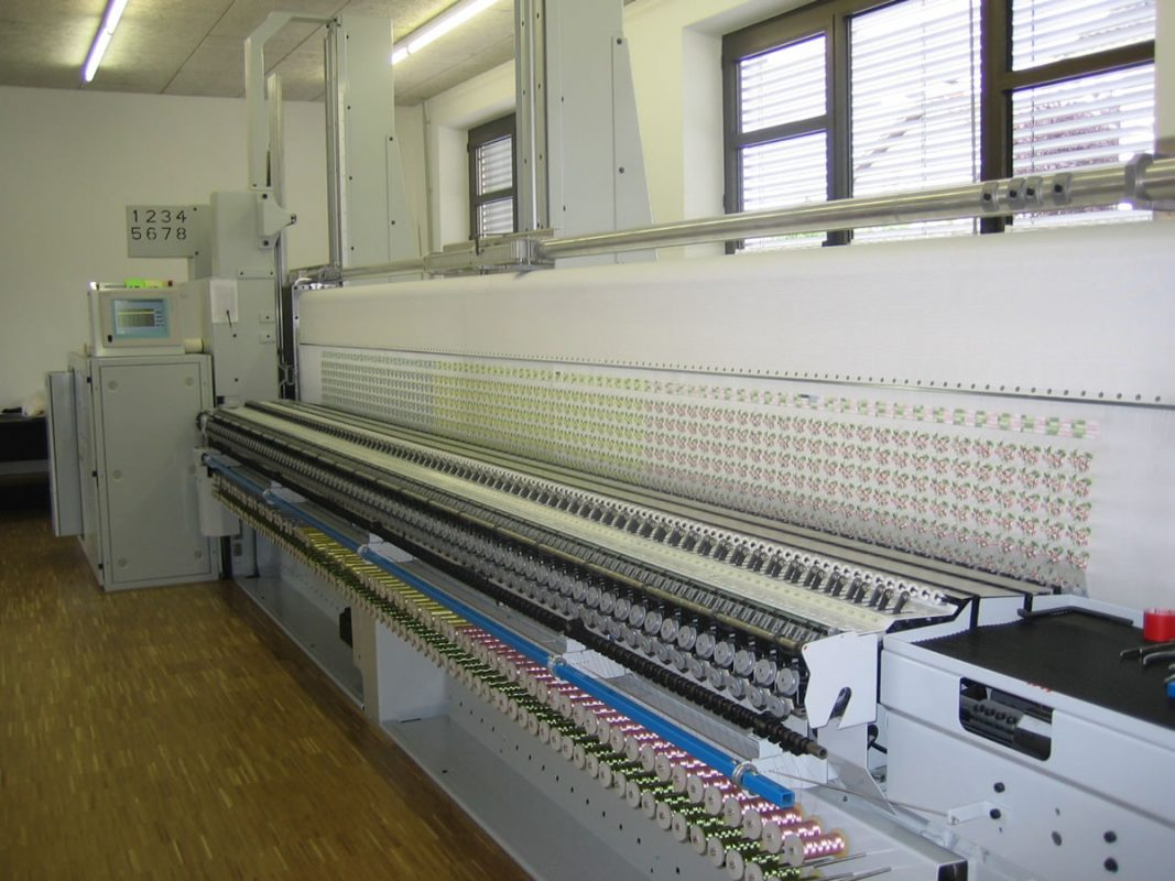Embroidery Schiffli Machine